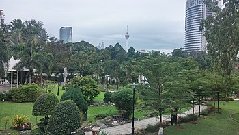 Oasis In The City: The Botanical Garden