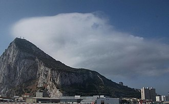 Levant (wind) - The cap cloud that forms in moist stable easterly winds over the Rock of Gibraltar