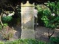 Theodor Wiegand - Waldfriedhof Dahlem - Mutter Erde fec.JPG