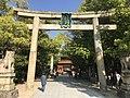 Torii of Oyamazumi Shrine 3.jpg