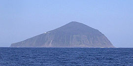 Toshima-Island(Izu-Islands).jpg