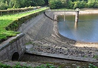 Dartmoor reservoirs - Image: Tottiford Dam