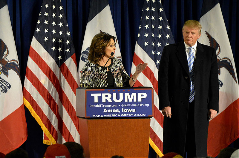 File:Trump and Palin at ISU - 1-19-2016 (24124444329).jpg