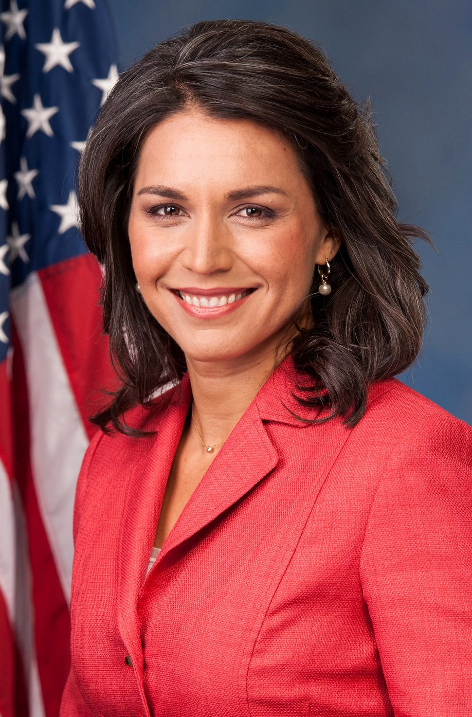 Tulsi Gabbard, official portrait, 113th Congress (cropped)