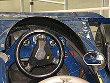Le cockpit d'une Tyrrell P34.