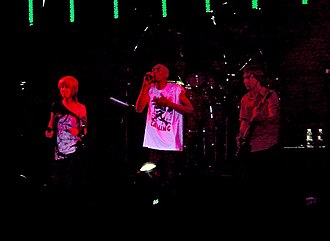 Faithless - Faithless (featuring Cass Fox) performing at the Coachella Valley Music and Arts Festival, 27 April 2007