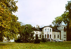 Manor house in Uchorowo