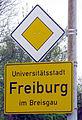 Universitätsstadt Freiburg, Ortsschild.jpg
