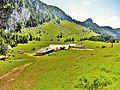 Vacheresse. Chalets d'Ubine, vus du chemin du col d'Ubine. 2015-06-20.JPG