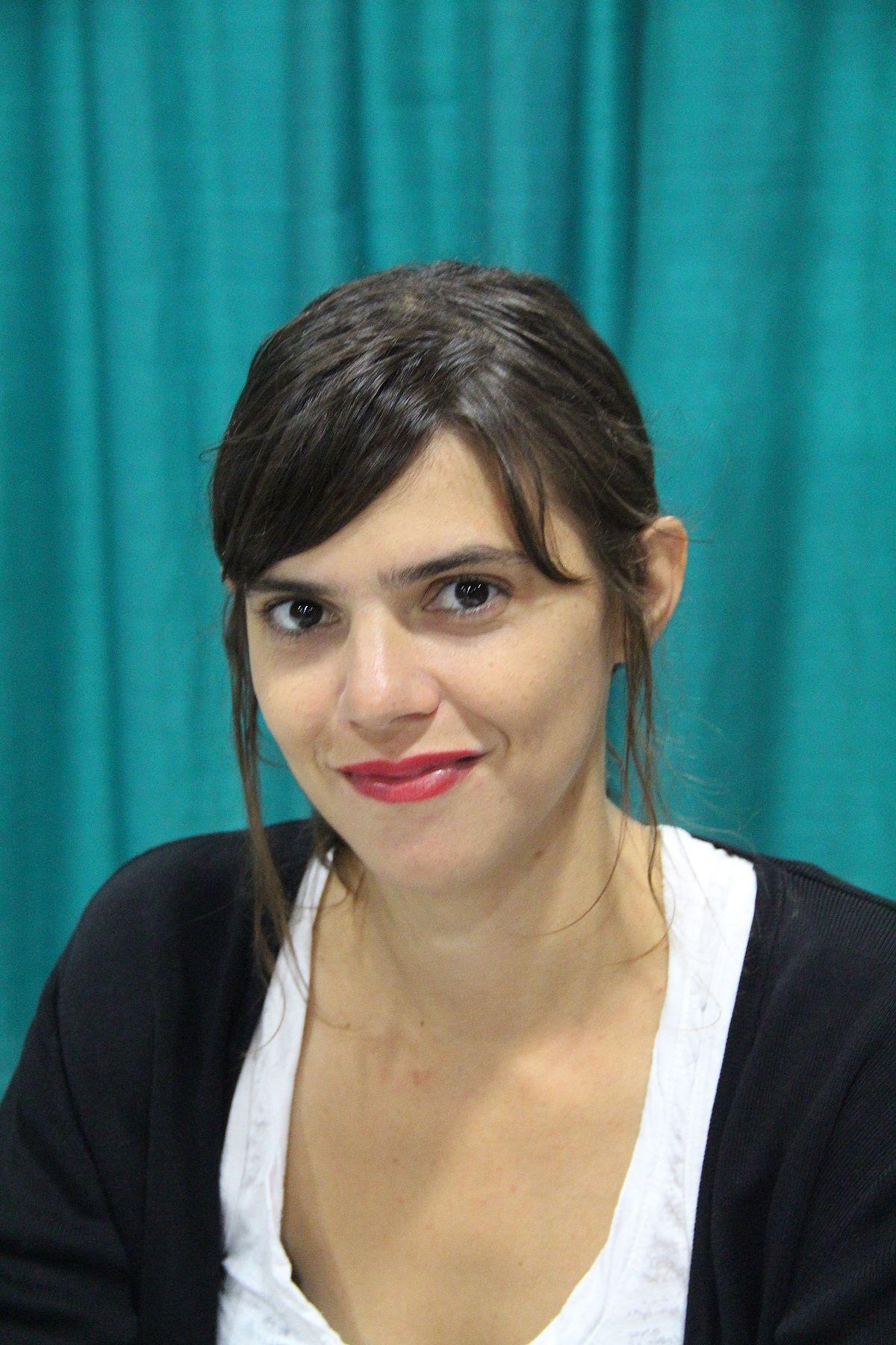 Valeria luiselli wikipedia - Valeria allo specchio ...