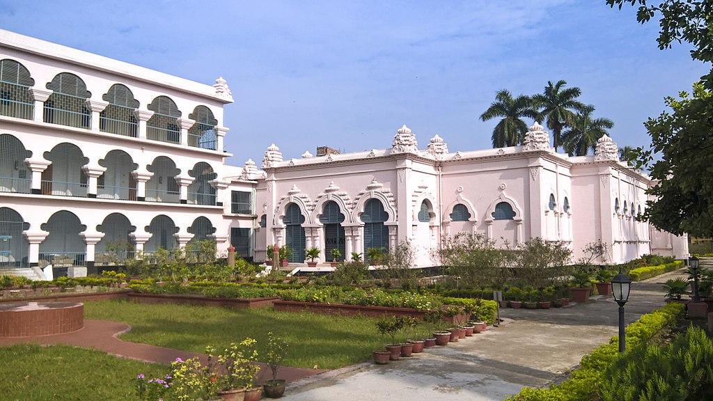Varendra Research Museum 04.jpg