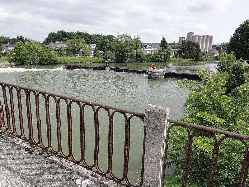 Vic-sur-Aisne, Aisne canalisée, barrage de l'écluse nr 12