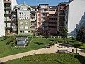 Viola utcai házak és közös belső udvar a Bokréta utca 15 felől nézve, 2018 Ferencváros.jpg