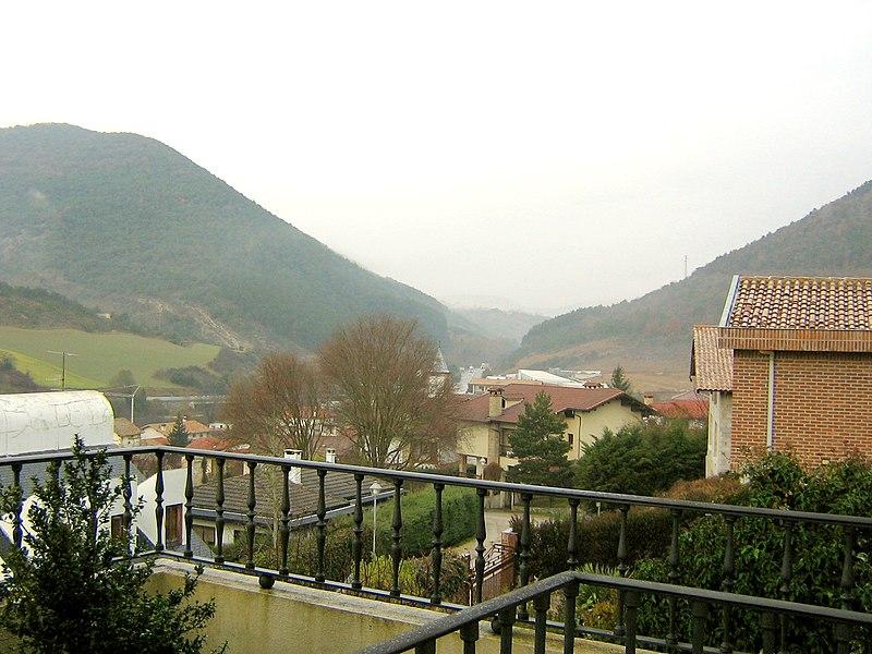 File:Vista Sorauren.jpg