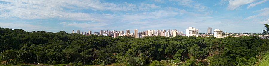 7ca6a0d824 Panorama dos bairros Jardim Irajá e Santa Cruz - Zona Sul de Ribeirão Preto  a partir do Parque Curupira.