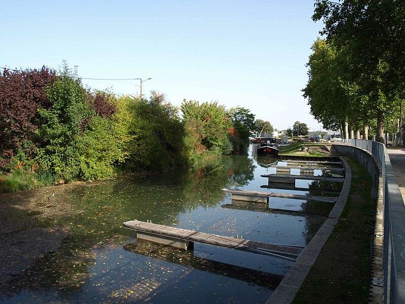 Fichier:Vitry Canal Marne Saône.JPG