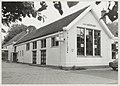 Voormalige school De Waterwolf in gebruik als bibliotheek. Baarsjesweg 1, NL-HlmNHA 54013883.JPG