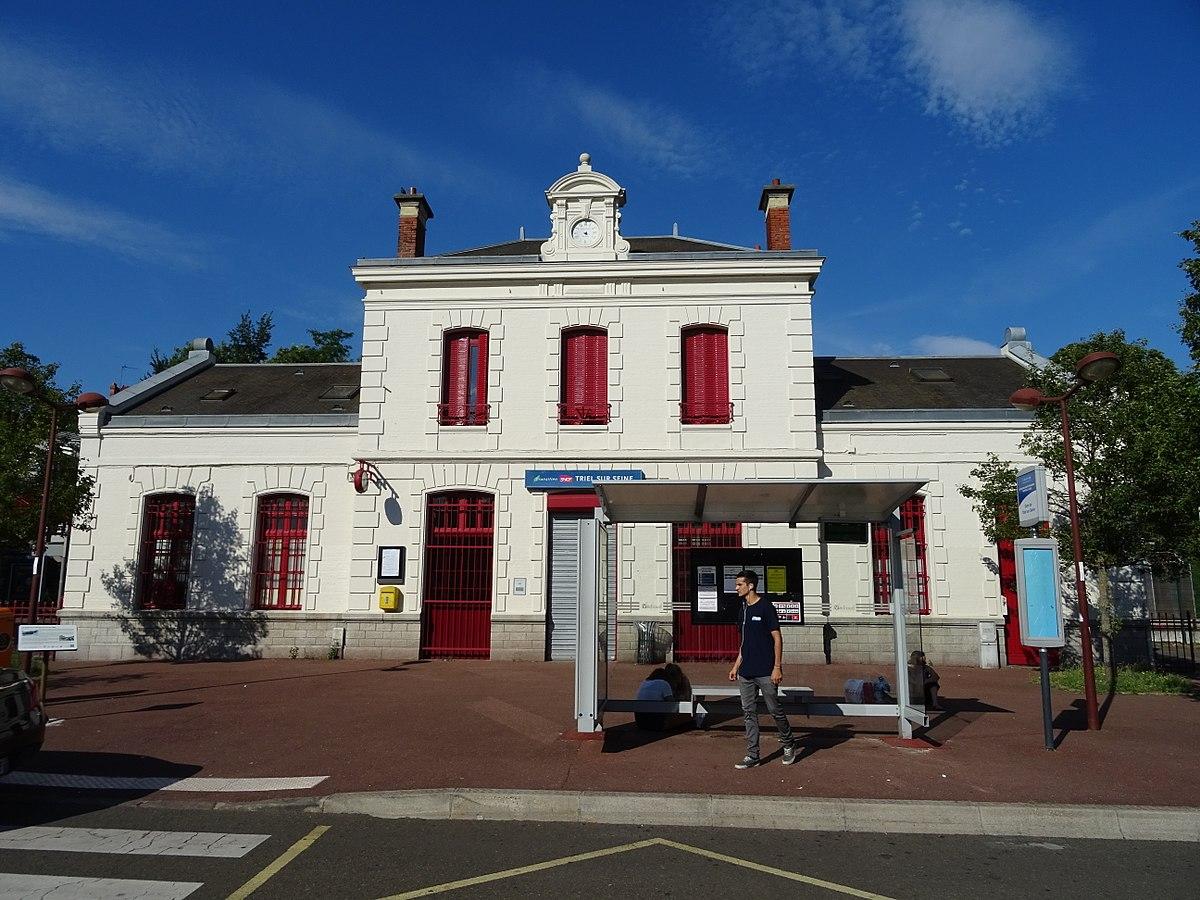 Gare de triel sur seine wikip dia for Garage de la gare bretigny