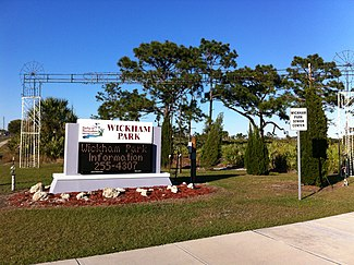 Wickham Park (Melbourne, Florida) sign 04.jpg