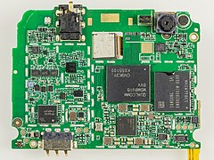 Wileyfox Swift - main board, shields removed-0053.jpg