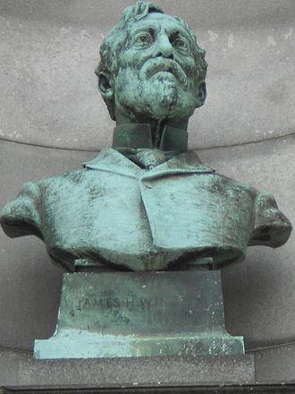 James H. Windrim - Bust of James H. Windrim (1898-1901) by Samuel Murray.
