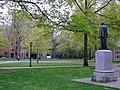 Yale alter Campus.jpg
