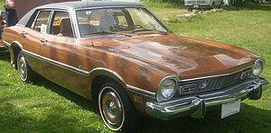 Ford Maverick (Americas) - Image: '73 Ford Maverick Sedan (Auto classique Laval '10)