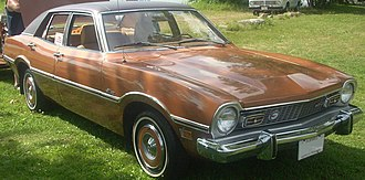 Ford Maverick (Americas) - Image: '73 Ford Maverick Sedan (Auto classique Laval '10)