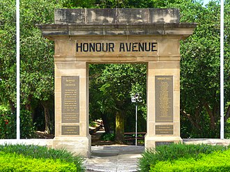 Lawson, New South Wales - Image: (1) Honour Avenue