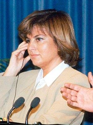 (Tansu Çiller) Rueda de prensa de Felipe González y la primera ministra de Turquía. Pool Moncloa. 16 de noviembre de 1995 (cropped).jpeg