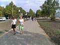 На тротуаре идя к центру 2007г - panoramio.jpg