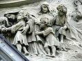 """Фрагмент барельєфу """"Христос благославляє дітей"""".jpg"""