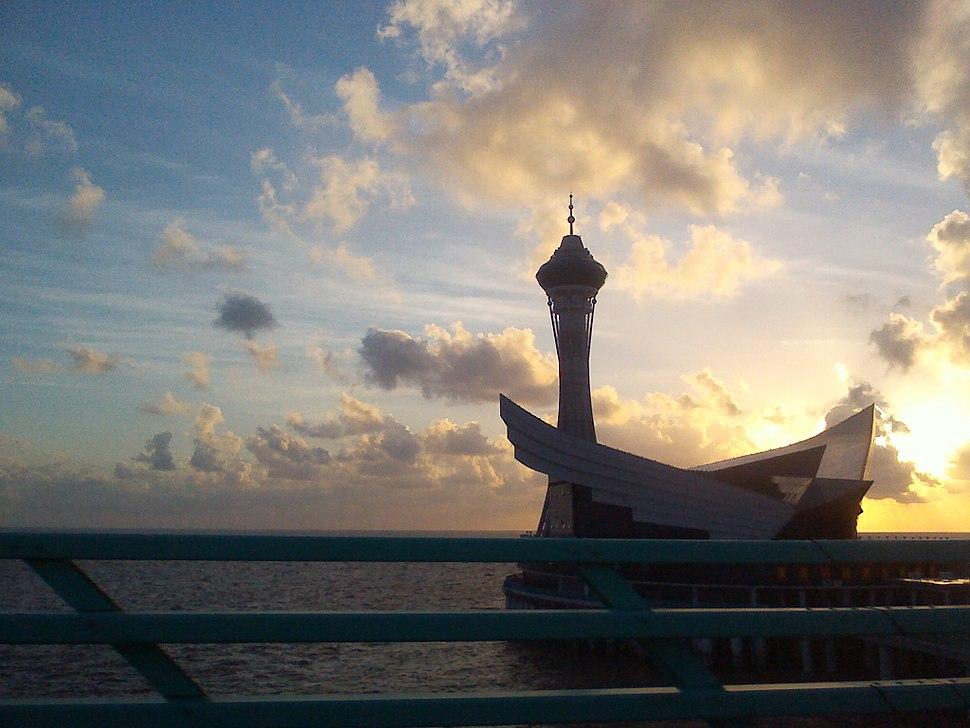 杭州湾跨海大桥海中平台(早晨)