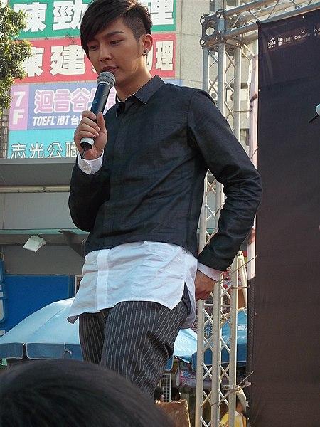 File:炎亞綸.JPG