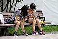 軽食とガラケー 2010 (4868415523).jpg