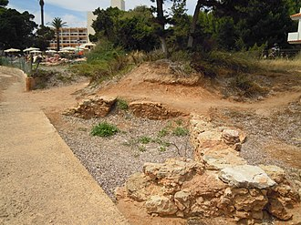 S'Argamassa Roman Fish Farm - Image: 037 The remains of S'Argamassa Roman Fish Farm, Santa Eulalia 21 June 2013