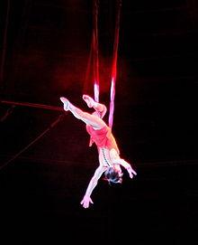 0 Circus Trapez.JPG