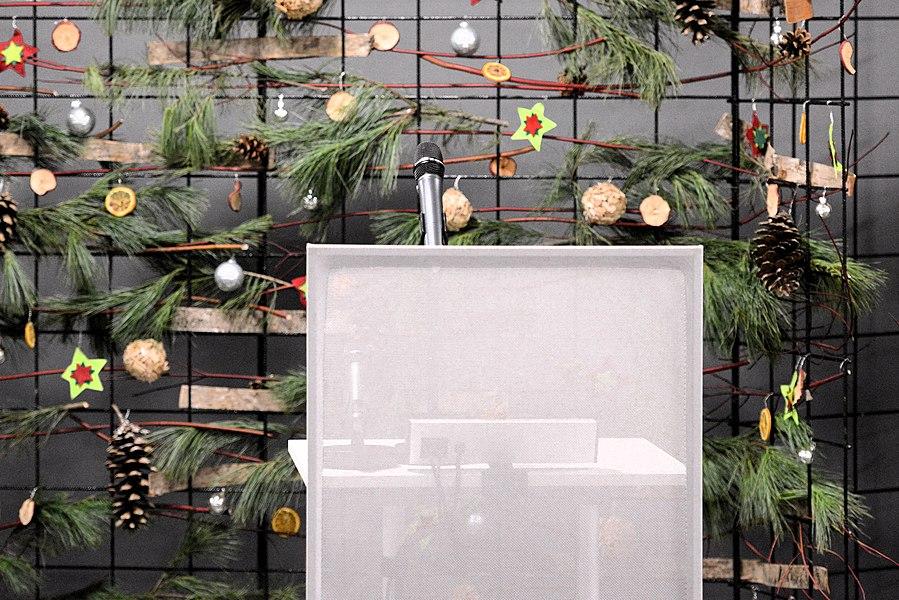 De 5. Dezember 2014 war zu Leideleng, am Gebai «la Philanthropie», déi symbolesch Iwwerreechung vun der Charte du bénévolat un déi éischt 245 Signatairen, dobäi och d'Wikipedia a Lëtzebuerger Sprooch. D'Evenement gouf duerch d'Präsenz vun der Groussherzogin geéiert.