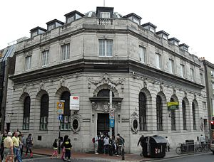 155–158 North Street, Brighton - The building from the west-southwest in 2010, before its refurbishment