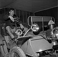16.11.1963. L. Bazerque inaugure quinzaine de l'occasion. (1963) - 53Fi3154.jpg