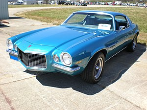 1972 blue Chevrolet Camaro Turbo 350 front side.JPG