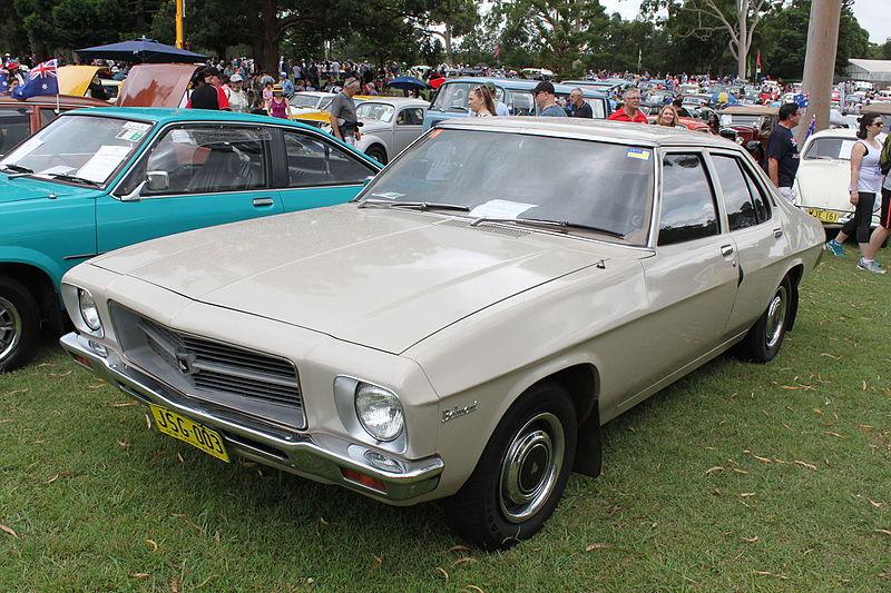 Holden Belmont sedan 1974...oui, elle a mon age