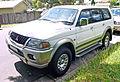 2000-2002 Mitsubishi Challenger (PA) LS wagon 01.jpg