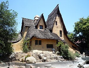 Harry Oliver - Oliver's Spadena House, also known as The Witch's House (1921).