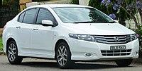2009 Honda City (GM2 MY09) VTi-L sedan (2011-01-13).jpg