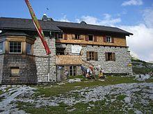 20110708 - Leopold-Habschi-Haus - Voll.JPG