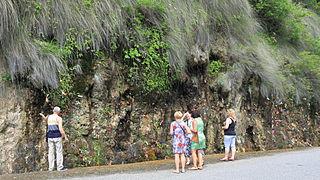 Touristen am Wasserfall Mädchentränen
