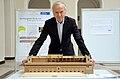 2015-04-13 Ausstellung Bachelorarbeiten Königlicher Pferdestall an der Leibniz Universität Hannover, (55) Professor Erich Barke.JPG