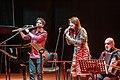 2015-09-05, Nini Flores en la gira La Música Interior (en San Miguel de Tucumán) con cantante femenina y flautista.jpg