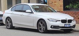 2016 BMW 318i (F30 LCI) Sports Line sedan (2018-11-02) 01